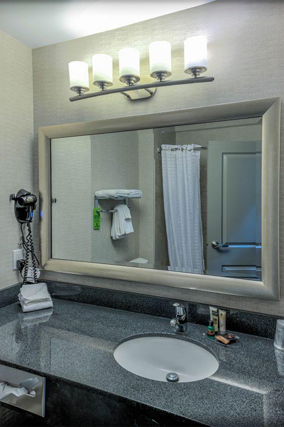 Standard-Room-Washroom